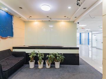 近地铁 现代国际大厦 463平米业主直租 高层精装