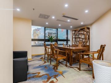 优惠好房 联合广场 420平米可备案 低层精装