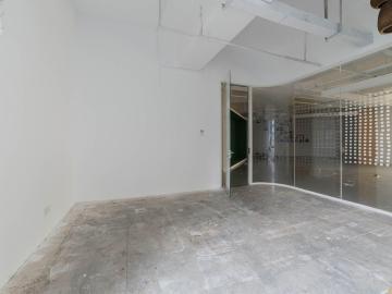 248平米银东大厦 高层可备案 精装有隔间