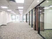 英龙商务大厦 456平米 可备案精装 中层
