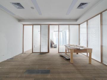 卓越前海壹号 328平米 近地铁精装 高层商业完善