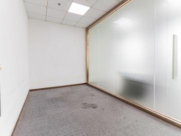 中央西谷大厦低层 690平米可备案 业主直租精装