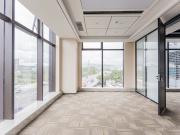 589平米东久创新科技园云科城 中层可备案 电梯口精装