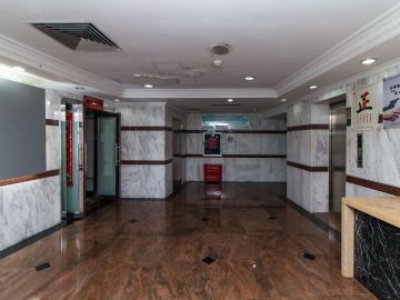 978平米圣庭苑世纪楼 高层紧邻地铁 有上下水可备案