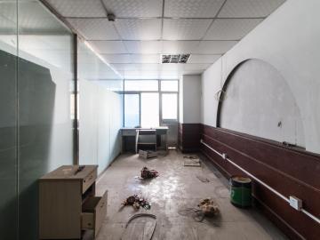 453平米天乐大厦 低层紧邻地铁 高使用率精装