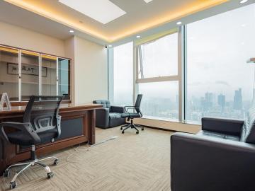 新天世纪商务中心 235平米 地铁直达可备案 高层精装