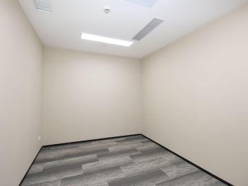 地铁直达 大冲商务中心 368平米精装 中层热门地段