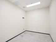 433平米大冲商务中心 中层地铁口 可备案精装