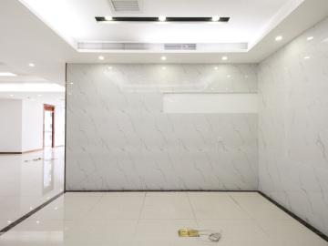 有地铁 大冲商务中心 520平米电梯口 低层地段优越写字楼出租