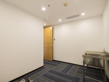 华瀚科技大厦 598平米 价格便宜精装 低层配套完善