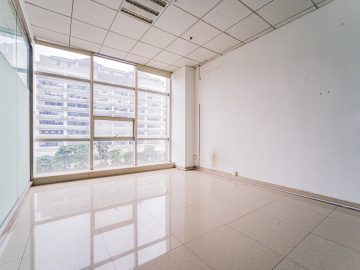 皇嘉中心大厦中层 216平米优惠好房 精装热门地段