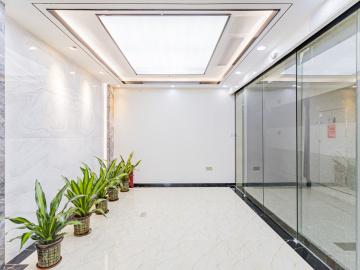 沿地鐵 現代國際大廈 318平米可備案 低層配套成熟寫字樓出租