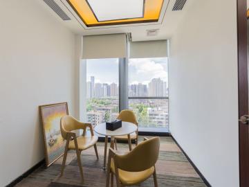 450平米田厦国际中心 低层地铁口 可备案精装