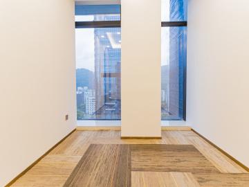 卓越城北区高层 288平米地铁口 可备案精装