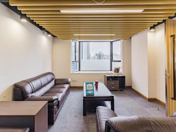 天安国际大厦中层 141平米地铁口 可备案高使用率