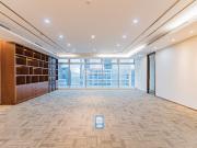 2150平米卓越世纪中心 中层地铁口 可备案电梯口
