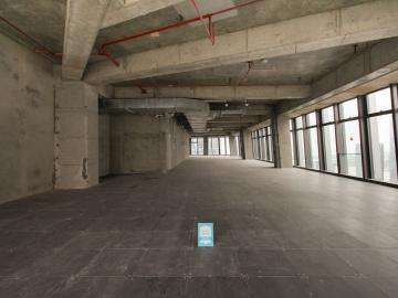 卓越前海壹号中层 1300平米近地铁 电梯口高使用率