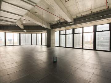 卓越前海壹号中层 1300平米楼下地铁 电梯口业主直租