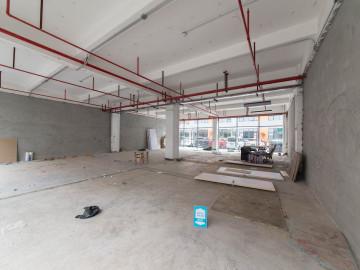 宝安教育工业区 200平米 紧邻地铁 低层