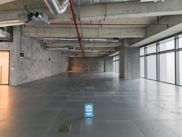 皇庭中心低层 1799平米楼下地铁 可备案高使用率
