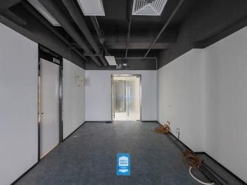 394平米新浩e都 中层有地铁 红本备案使用率高写字楼出租