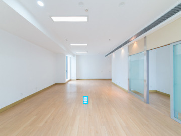 126平米凯达尔中心 中层地铁直达 精装随时看房