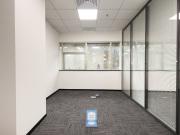 凤凰城大厦 226平米 业主直租精装 低层