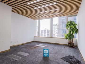 世界金融中心中层 442平米近地铁 可备案精装