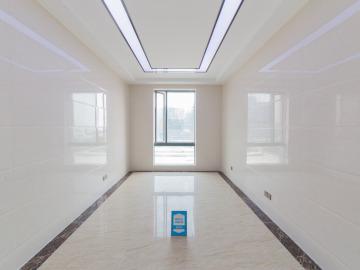370平米江西大厦 低层地铁口 可上下水可备案