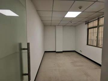 联合大厦 84平米 高使用率商业完善 高层