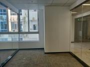 90平米新城大厦 中层地铁口 优惠!可备案