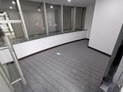 地铁口 庐山大厦 153平米可备案 低层电梯口