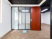 宏奕大厦 108平米 精装商业完善 低层