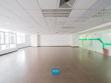 银星工业园 185平米 可备案电梯口 中层精装