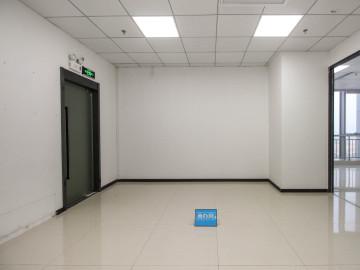万国城 380平米 可备案精装 中层