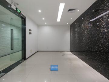 万国城 420平米 楼下地铁可备案 中层精装