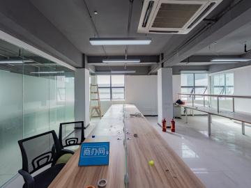 南山云谷创新产业园二期 662平米 优惠好房精装 高层