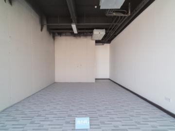 楼下地铁 中海信创新产业城 280平米可备案 低层精装