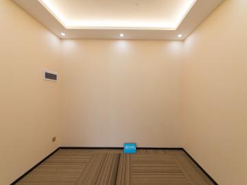 易尚中心 240平米 可备案精装 中层