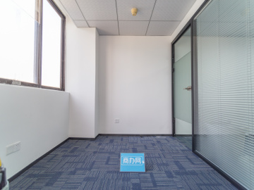 安华大厦 64平米 地铁直达电梯口 高层精装
