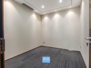 冠华大厦 341平米 地铁直达可备案 高层精装