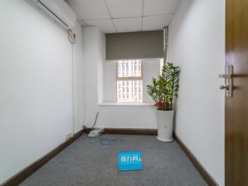 国际商会大厦 124平米 紧邻地铁可备案 低层高使用率