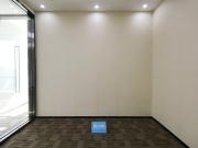 135平米中洲控股金融中心 高层可备案 电梯口精装
