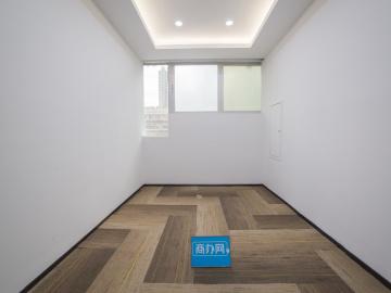 海外联谊大厦低层 161平米楼下地铁 可备案精装