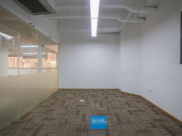 太平洋商贸大厦 313平米 可备案电梯口 高层精装