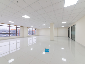 华丰智谷福海科技产业园高层 255平米近地铁 可备案精装