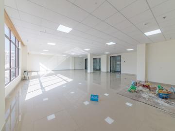 华丰智谷福海科技产业园 289平米 紧邻地铁可备案 中层精装