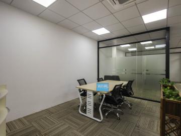 金龙工业城 210平米 精装商业完善 中层