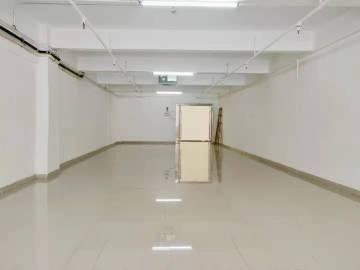 大华大厦 223平米 价格便宜 低层