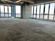 紧邻地铁 汉国中心 1723平米可备案 中层电梯口